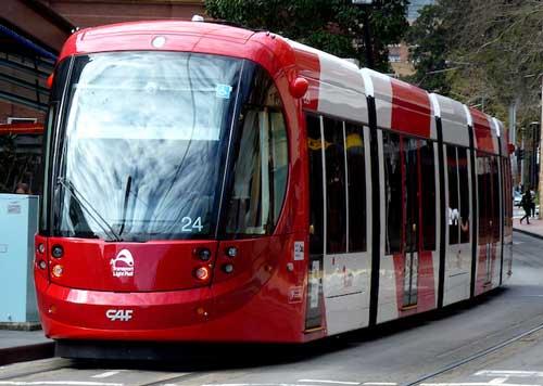 Tram-Urbos-3